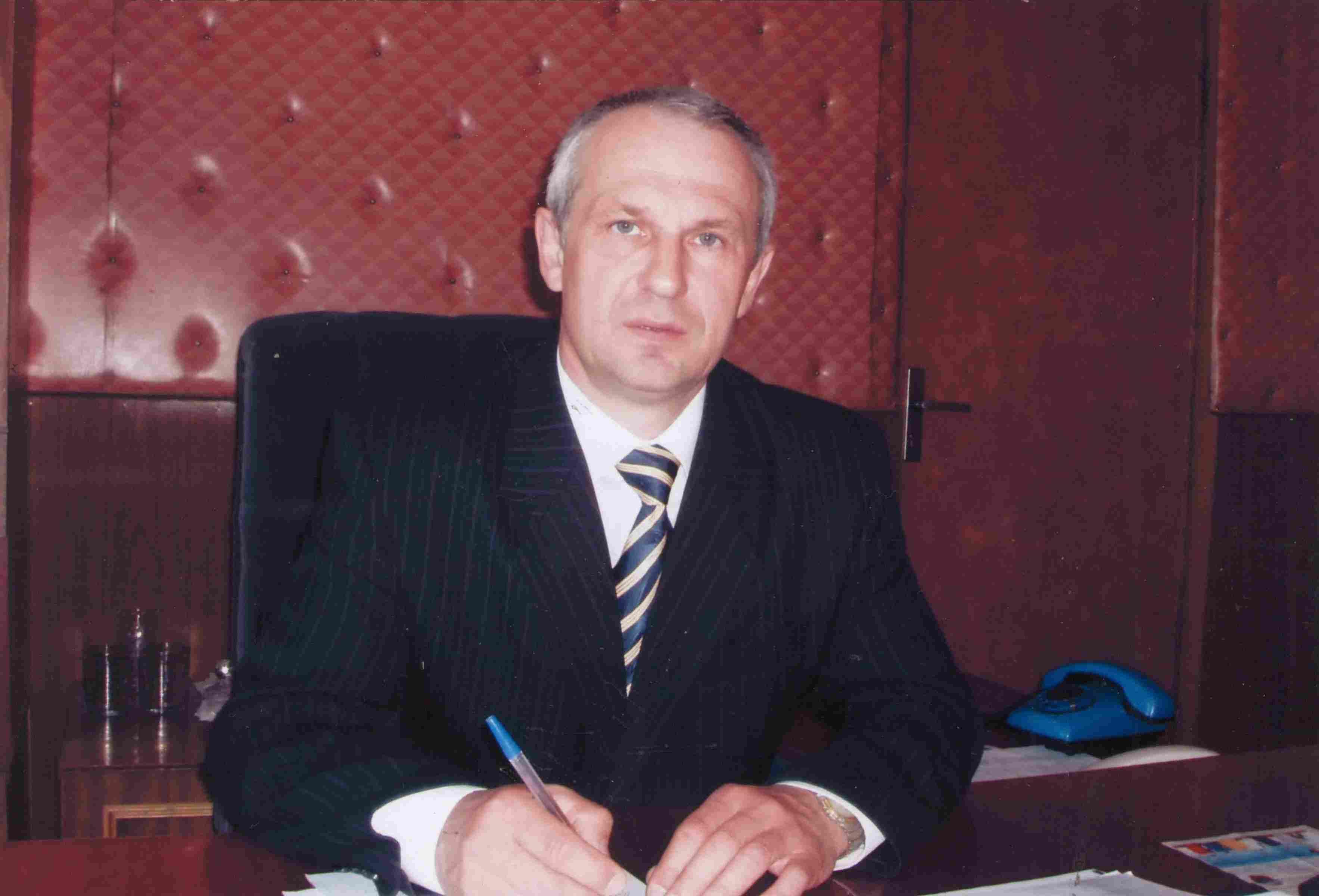Герасимов Е.Ю. в рабочем кабинете